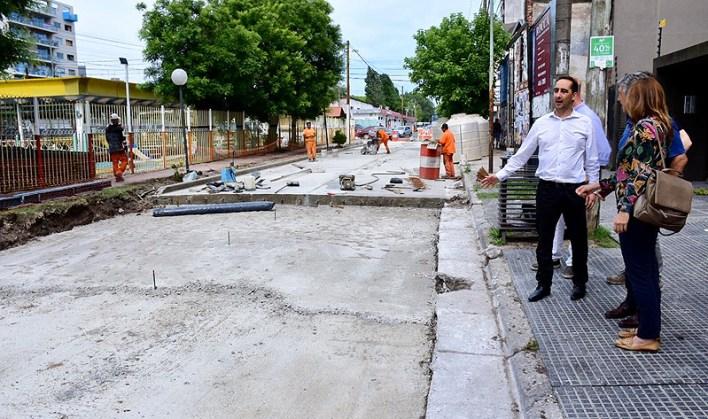 El intendente Tagliaferro recorrió obras de repavimentación en Haedo