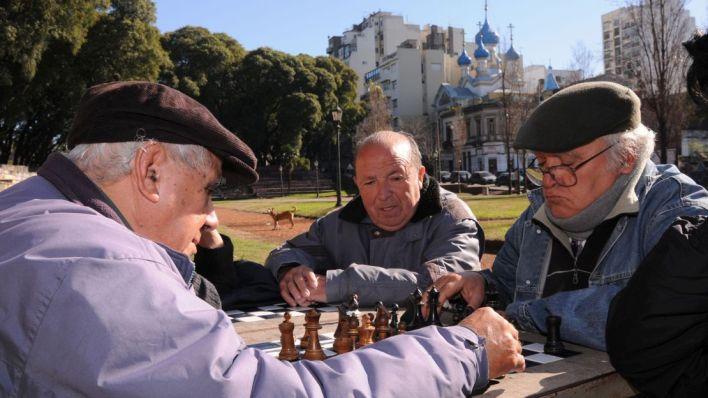 Alberto Fernández anunció aumentos para jubilados, empleados públicos y salarios bajos