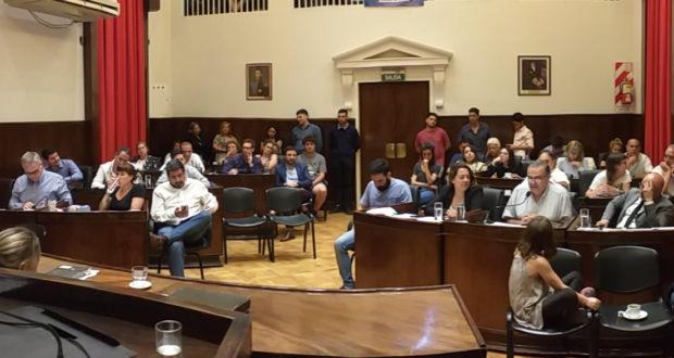 El HCD Morón aprobó por mayoría el estado de emergencia en el Municipio y también delegó facultades en el Ejecutivo