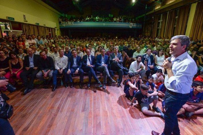 """Zabaleta asumió su nuevo mandato: """"Llegó la hora del pueblo"""""""