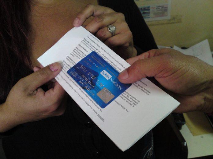 "El 20 de enero llegará la tarjeta del Plan Nacional Integral ""Argentina Contra el Hambre"""