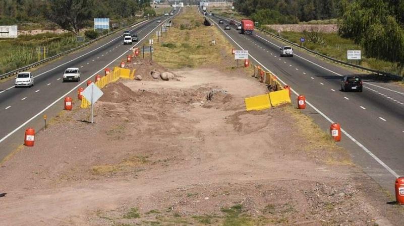 El Ministerio de Obras Públicas detalló las obras paralizadas por la gestión de Macri