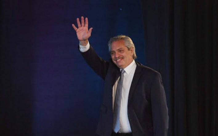 Alberto Fernández desembarca en Hurlingham para inaugurar obras en la Unahur