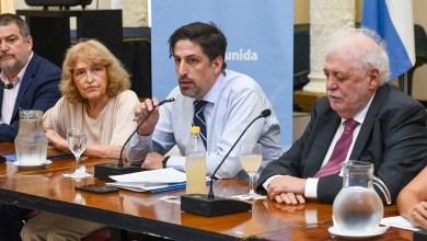 Photo of Coronavirus: los ministros de Educación y Salud resolvieron la continuidad de las clases junto con los referentes de la comunidad educativa