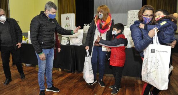 Hurlingham: Entregan 500 kits para prevenir la bronquiolitis