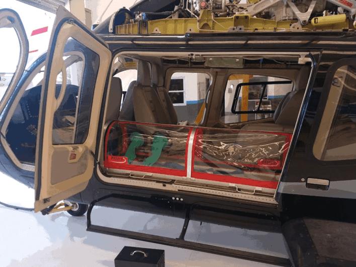 Ex alumnos de la escuela técnica de el Palomar crean una cápsula de aislamiento para aeroevacuación de pacientes con COVID-19