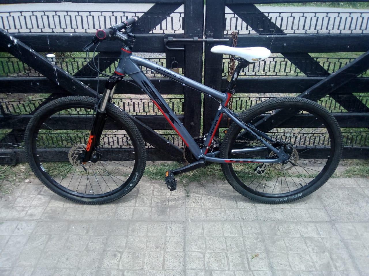 Robo de bicicleta en Haedo en las calles Flora y Concordia