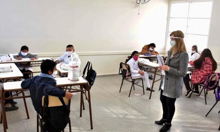 La Plata seguirá en fase 2 y no volverán las clases en la ciudad