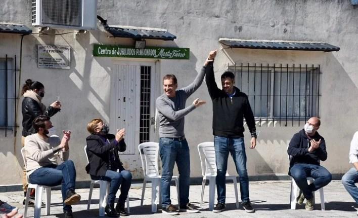 Santilli visitó a los ganadores de Juntos en Ituzaingó y Morón