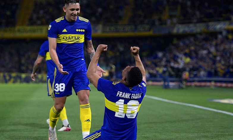 Boca ganó y sigue dando pelea en el torneo y San Lorenzo sigue en picada libre