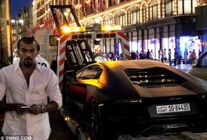 carrera-arabe-Lamborghini-Aventador
