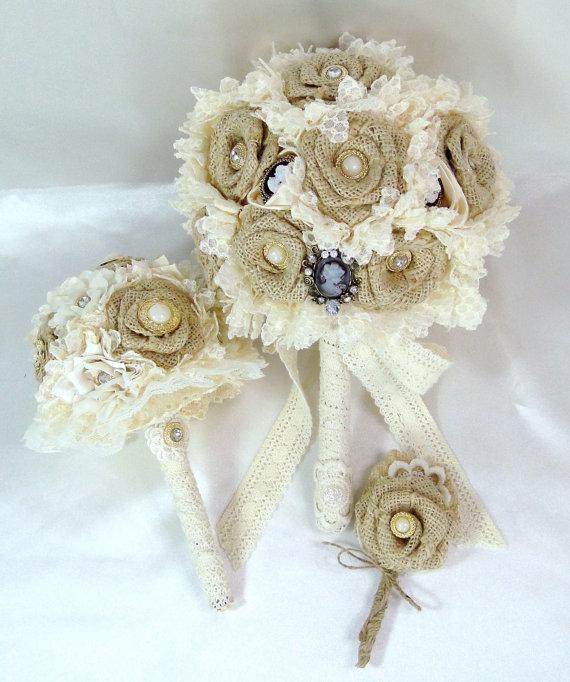 Flores de arpillera para la decoraci n r stica - Flores de telas hechas a mano ...