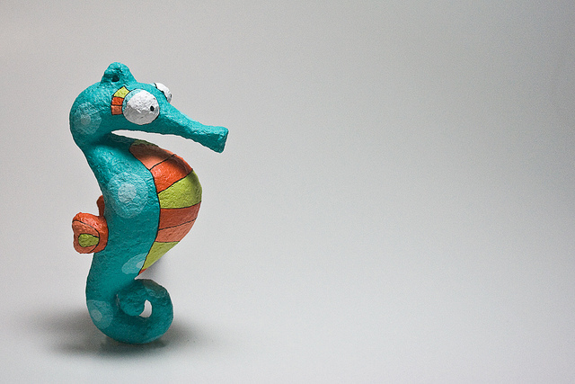 Animales de papel mache caballito de mar