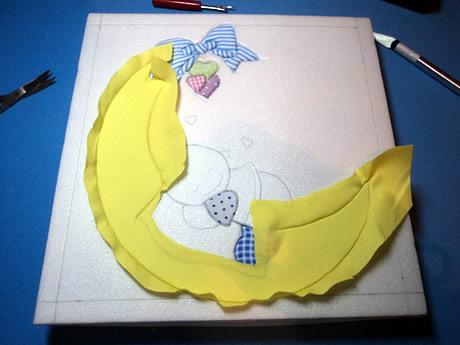Rellenar el dibujo con telas de colores
