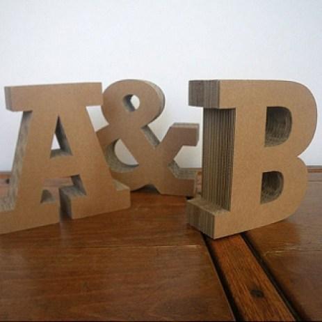 Ideas para reciclar cartón, letras monograma de cartón reciclado