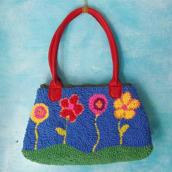 Bolso de tela reciclada punto tapiz