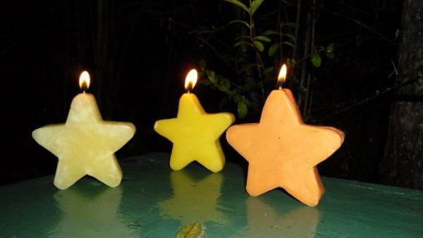 Hacer velas estrellas para una fiesta