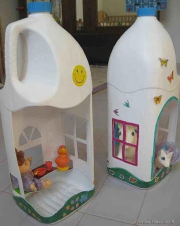 juguetes con materiales reciclados casa de muñecas hechas con botellas