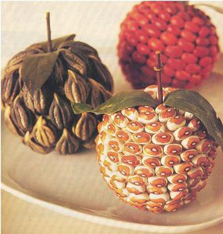 Manualidades con semillas frutas decoradas