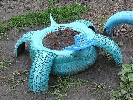 Maceta tortuga neumáticos reciclados