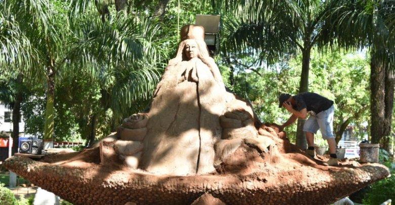 escultura-virgen-caacupe-diarioasuncion