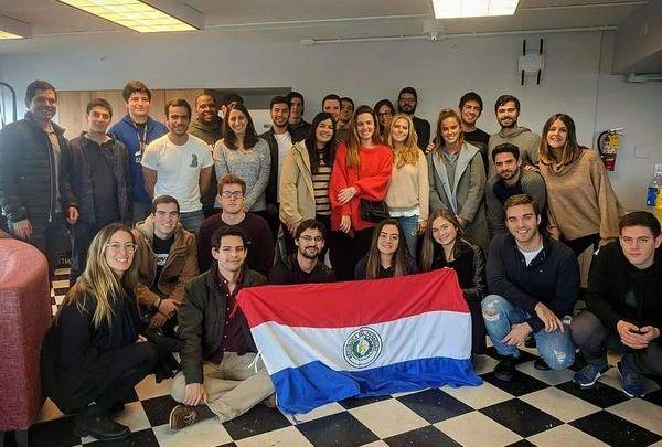 paraguayos-en-harvard-diarioasuncion