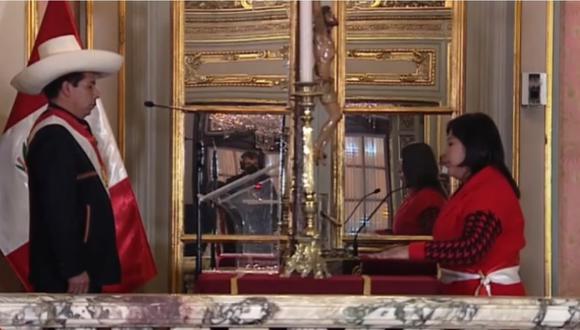 Betsy Chávez juró como ministra de Trabajo y Promoción del Empleo en reemplazo de Iber Maraví. | Foto: Captura de pantalla de Canal N.