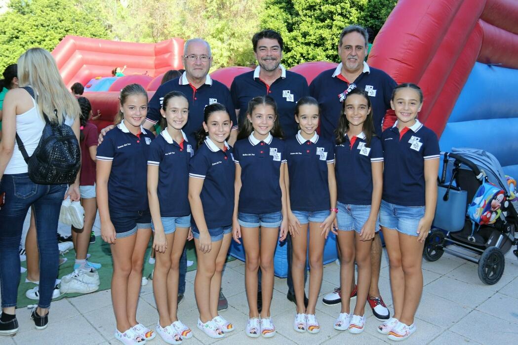 La fiesta celebra en Alicante el Día del Foguerer Infantil
