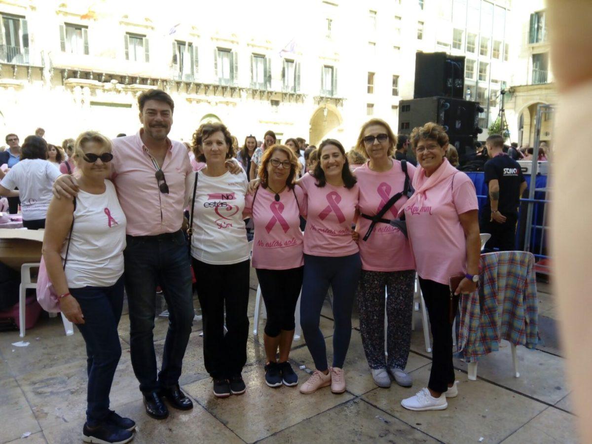 """El alcalde de Alicante hace un llamamiento """"a luchar por la vida"""" en el Día Internacional del Cáncer de Mama"""
