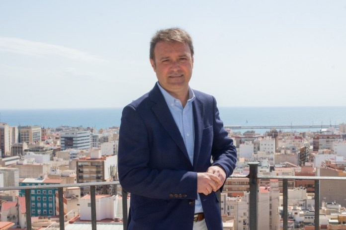 Natxo Bellido, canditado de Compromís a la alcaldía de Alicante.
