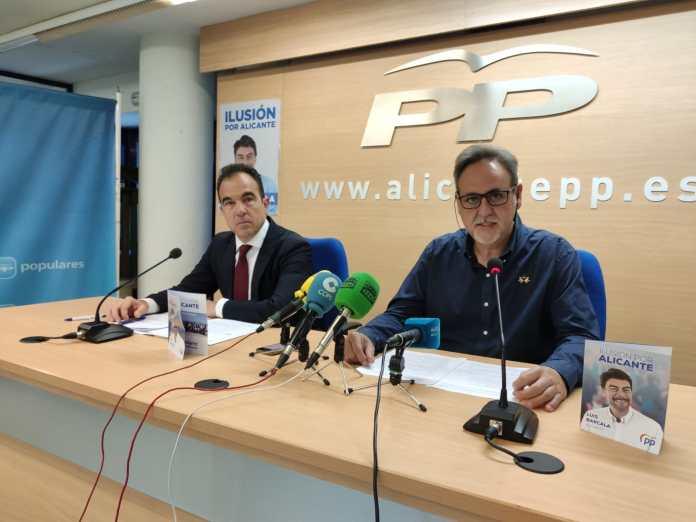 Antonio Peral y Manuel Jiménez en la rueda de prensa / Populares Alicante