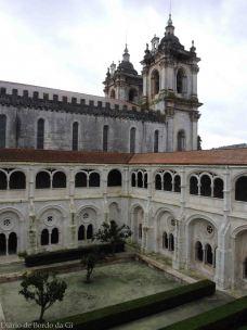 mosteiro-de-alcobaca-2