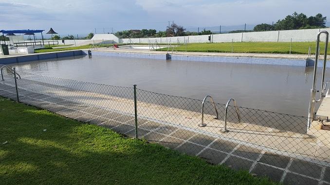 Hoy permanecerá cerrada la Piscina Municipal de Jaraíz debido a los efectos de la fuerte tormenta