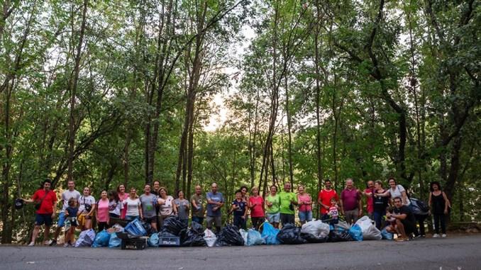 """Gran éxito de la iniciativa solidaria con el """"Reto de concienciación ciudadana"""" en el Lago Alonso Vega"""