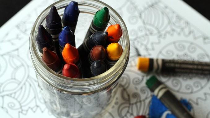 crayons-1445057_1280