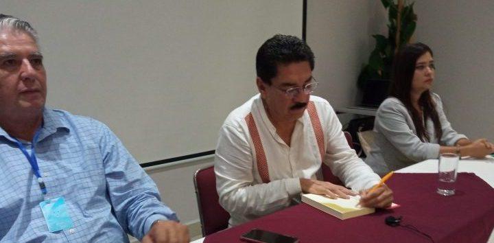"""Libro con causa """"Por el Rescate de México»"""