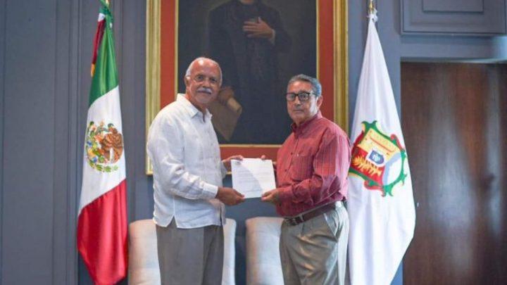 Designa Miguel Ángel Navarro Quintero a dos nuevos rectores.