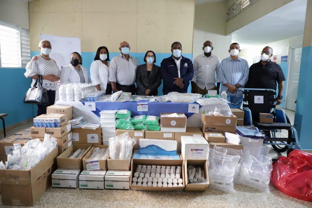 Gabinete de Política Social canaliza donación de 30 millones de pesos para hospitales de Montecristi y Santiago Rodríguez