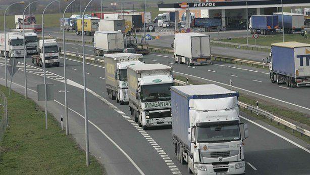 crece, transporte, carretera, mercancías, extremeño, Portugal, Andalucía,