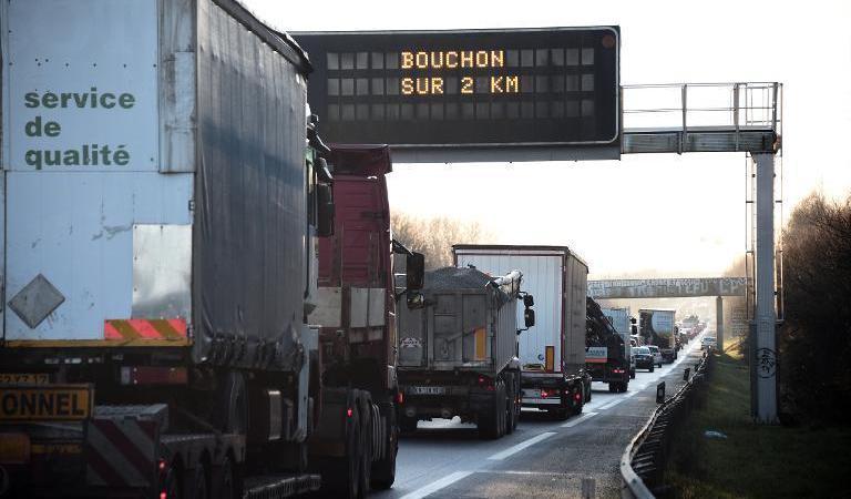 sanciones, desplazamiento, trabajadores, Francia, empresas, sociedad,