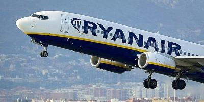 Ryanair, amenaza, despidos, recorte, flota, continúan, huelgas,