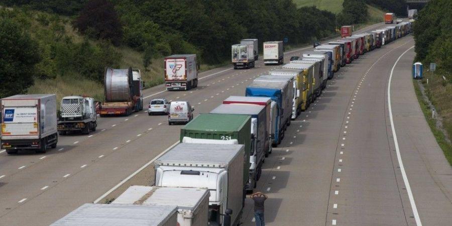 Gran Bretaña, impuesto, milla, camiones,