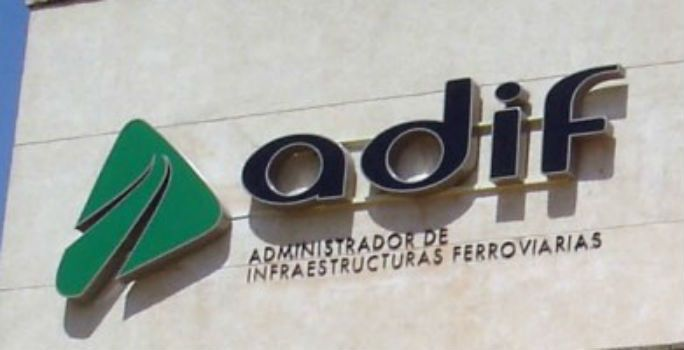 Adif, colabora, Anfac, Feique, Unesid, transporte, ferroviario, mercancías,