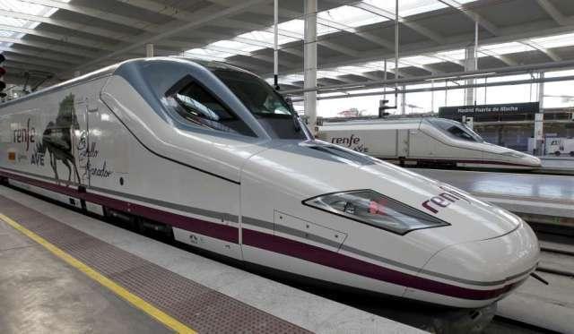 CNMC, Renfe, prestar, trenes, futuros, competidores,