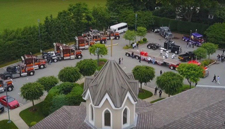 uno, nuestros, camionero, transportista, templo, respeto, amigos, familiares,