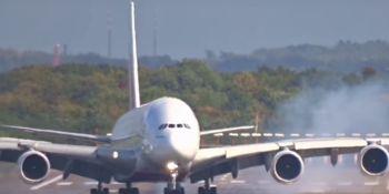 pieza, avión, Airbus, cae, jardín, casa, Toulouse,