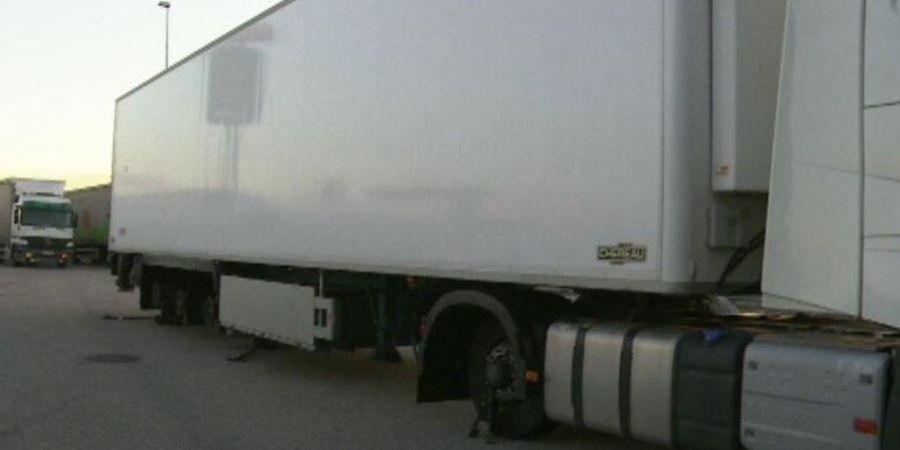 AP-7, detenido, mosso d'escuadra, camiones, ruedas, pinchadas,