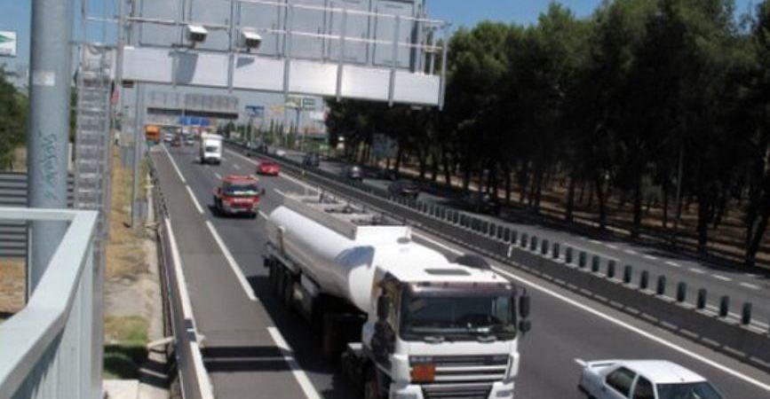 DGT, apuesta, reducir, velocidad, carreteras, convencionales, aumento, radares,