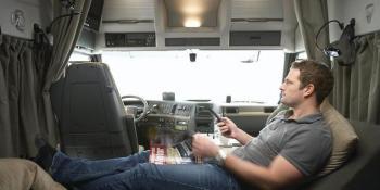 Dinamarca, prohibición, descanso, 45, horas, cabinas, camiones,