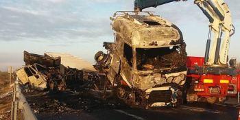 fallecido, accidente, AP-2, Zaragoza, arder, camión, sociedad, sucesos,